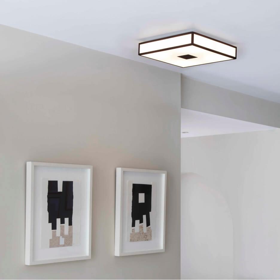 Kwadratowa lampa sufitowa do korytarza