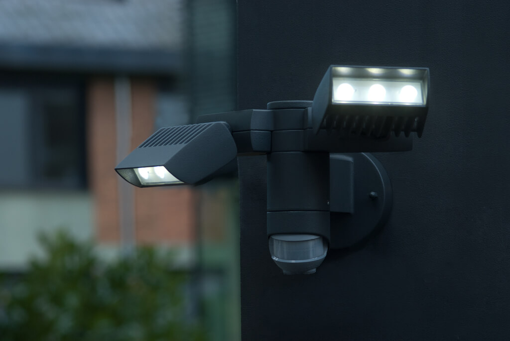 Outdoor modern LED wall lamps