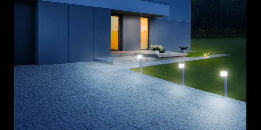 Is it worth choosing garden lamps with a motion sensor